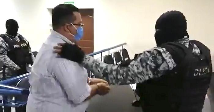 Prisión preventiva para Roberto Silva acusado de acosar a ex candidatas del FMLN