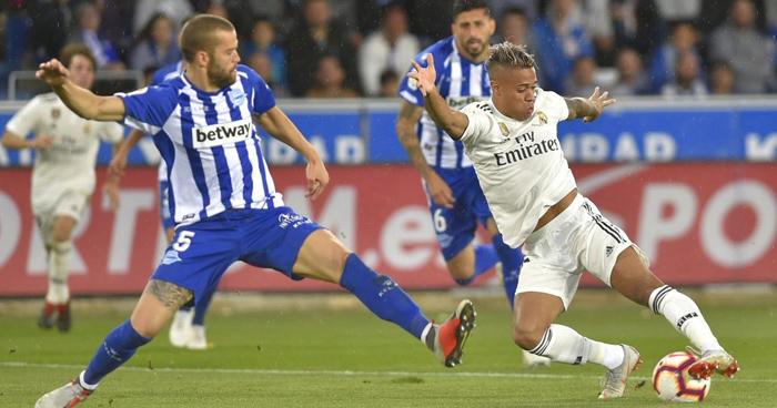 El Alavés derrota al Real Madrid con un gol en el minuto 95