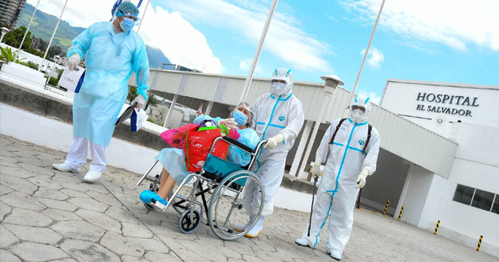 Más de 20 pacientes recibieron el alta tras recuperarse de COVID-19