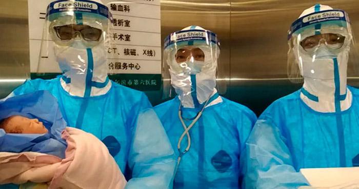"""Dos recién nacidos infectados con """"Coronavirus"""" en China"""