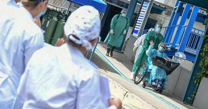 Una doctora entre recuperados por COVID-19 en Hospital San Rafael