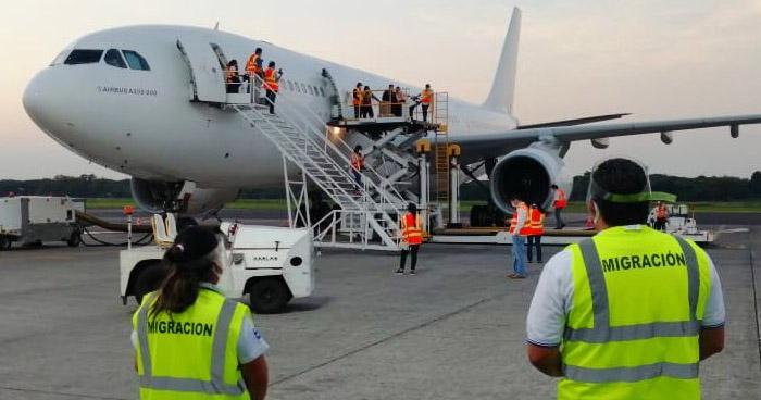 Sala pide al Gobierno reducir plazo de 14 semanas para repatriar a varados