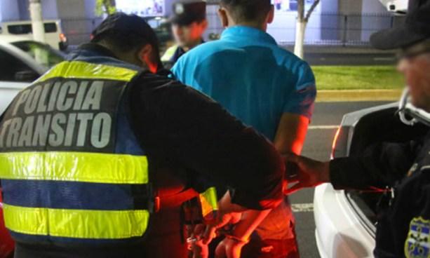 Al menos 13 conductores en estado de ebriedad fueron detenidos anoche
