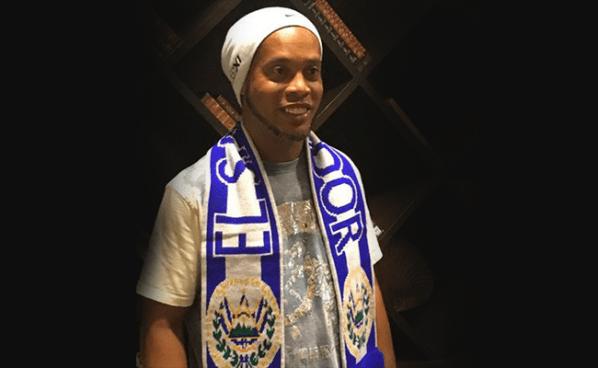 Ronaldinho visitará El Salvador en Agosto