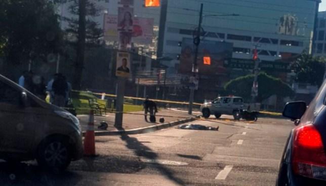 Motociclista falleció tras ser embestido por un vehículo en el Salvador del Mundo
