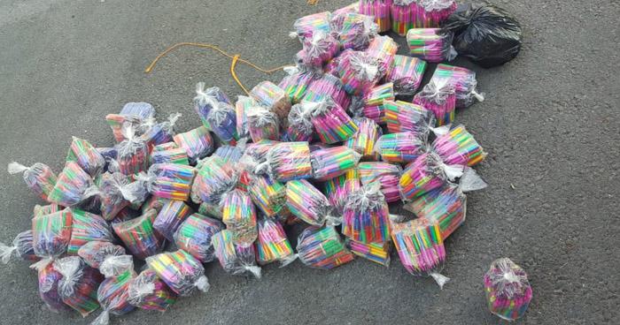 Decomisan más de 10,000 unidades de silbadores en San Salvador