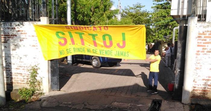 Sindicalistas paralizan operaciones de Medicina Legal a nivel nacional
