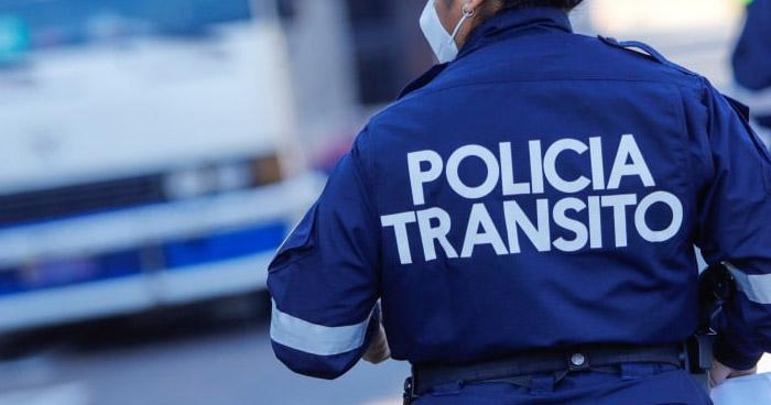 Conductor ofreció $5 a policía para evitar infracción por no portar licencia