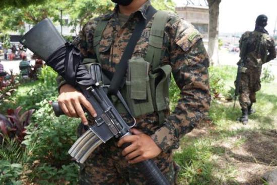 Fuerza Armada asegura que no todos los detenidos vinculados a grupos de exterminio son militares