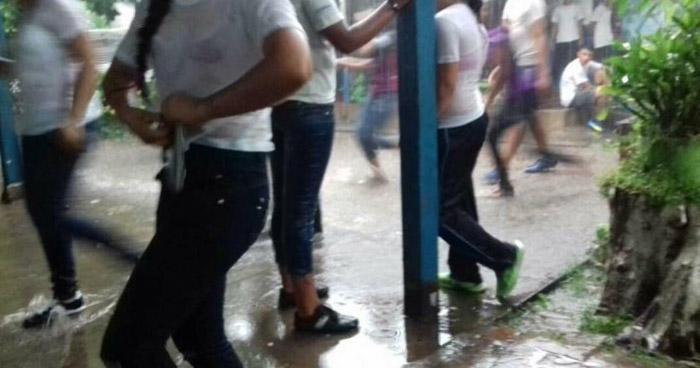 Suspenden clases en centros escolares de 39 municipios del oriente del país