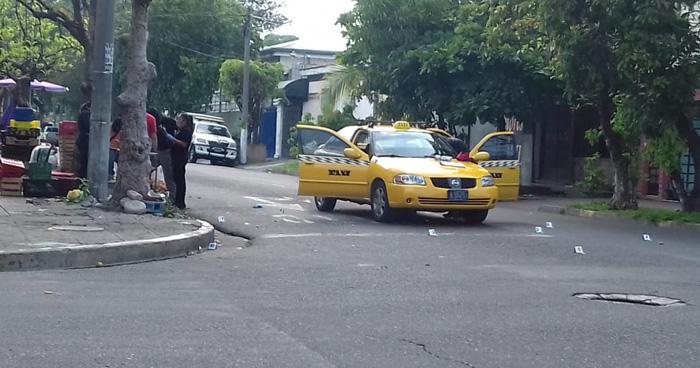 Matan a pasajero de taxi cerca del mercado San Miguelito, San Salvador