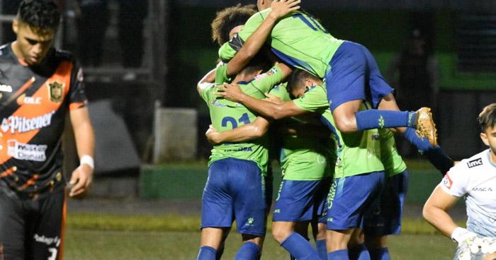 Por quinta vez consecutiva, Santa Tecla enfrentará al Alianza en la final