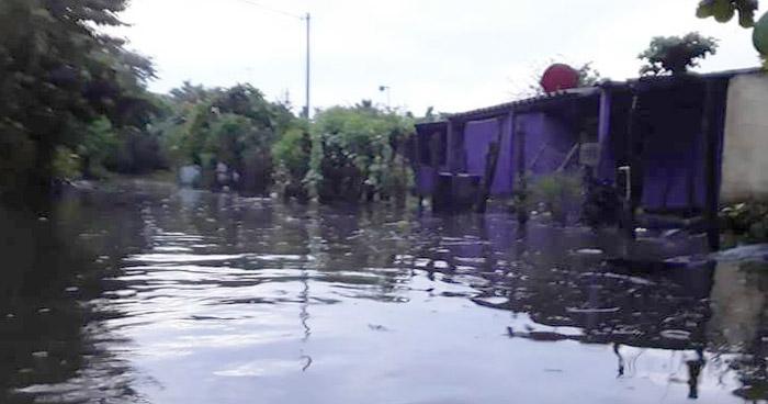 21 familias evacuadas tras inundación en zona del Bajo Lempa, Tecoluca