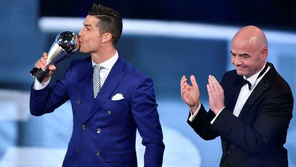 """FIFA renovará su premio que otorga al mejor jugador """"The Best"""""""