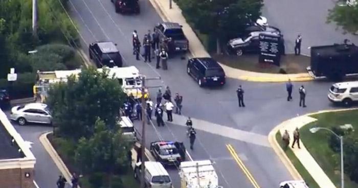 Cinco muertos tras un tiroteo en la redacción de un periódico de Annapolis, Maryland