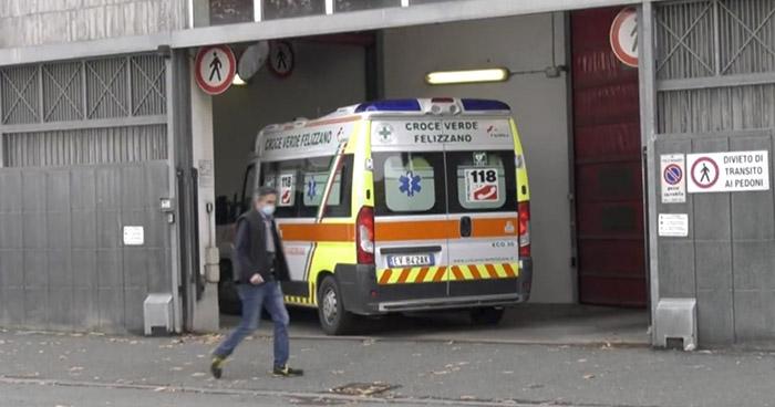 Italia con toque de queda para intentar frenar segunda ola de contagios de COVID-19