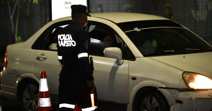 Detenidos por conducir con más de 100 grados de alcohol en diferentes puntos