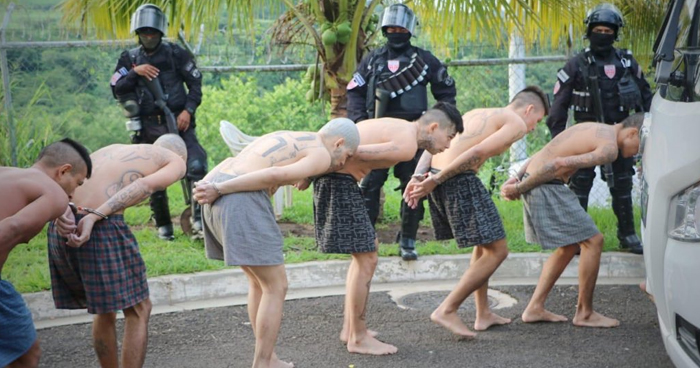 Reos de alta peligrosidad son trasladados a una cárcel de mayor seguridad