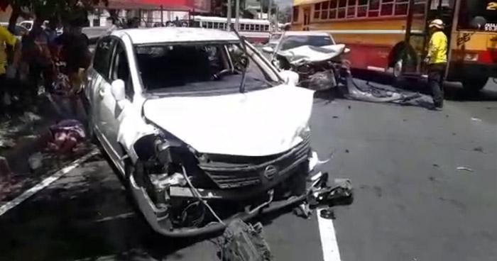 Triple choque en 29 calle oriente deja a dos lesionados
