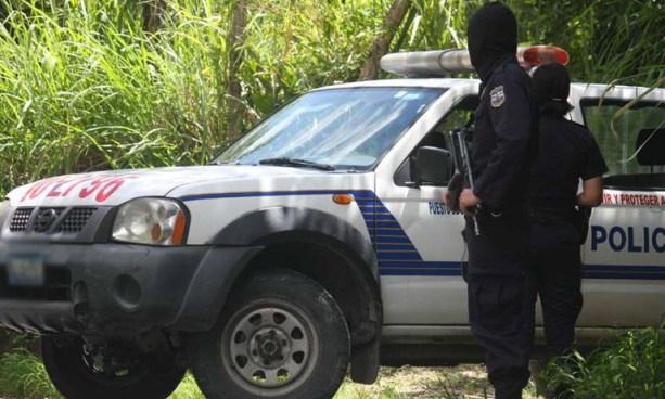 Hombre es asesinado con arma blanca en Nahuizalco, Sonsonate