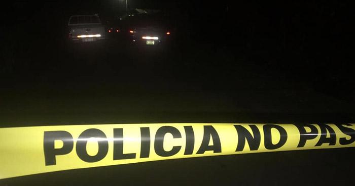 Dos hombres fueron asesinados mientras departían en una tienda de Ciudad Delgado