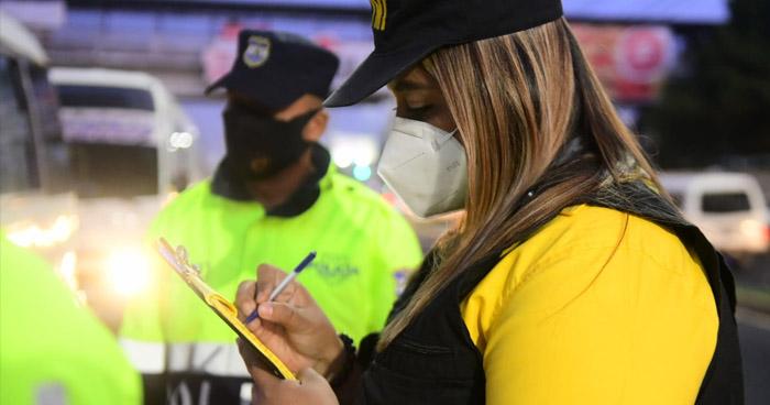 Verifican protocolos de seguridad en unidades del transporte público