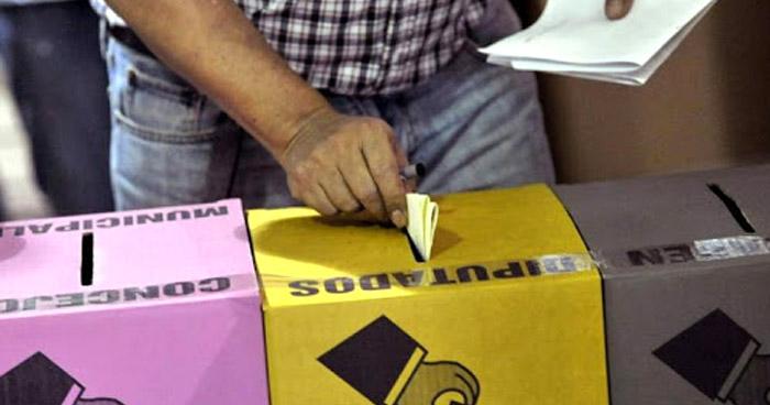 Sala aprueba voto por rostro para concejos municipales