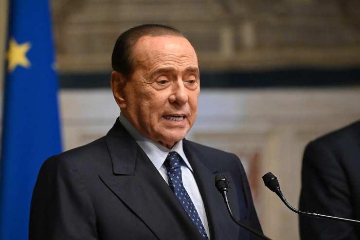 Silvia Toffanin e Silvio Berlusconi - Solonotizie24