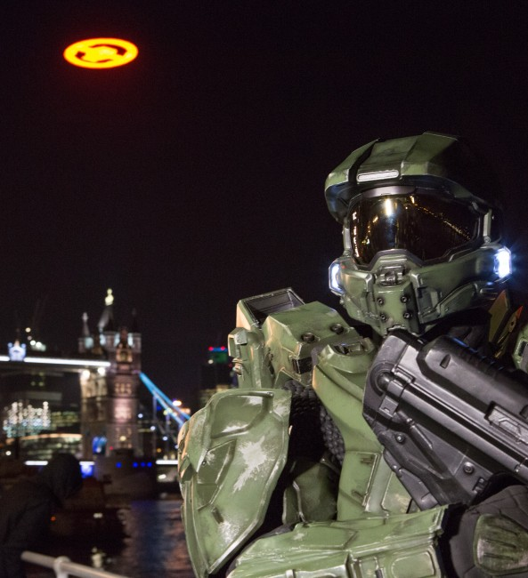Photograph of Halo 4 Glyph and Master Chief at London Tower Bridge