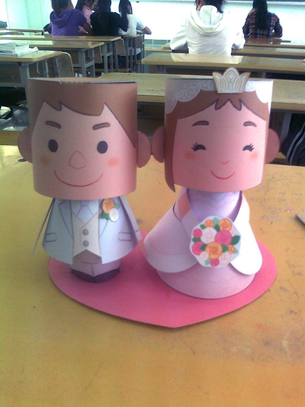 Cute and sweet bride and groom paper craft toys