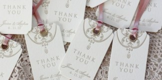 Swing tags weddng favours