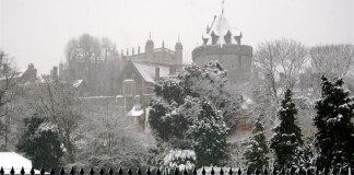 wintery windsor castle uk christmas events