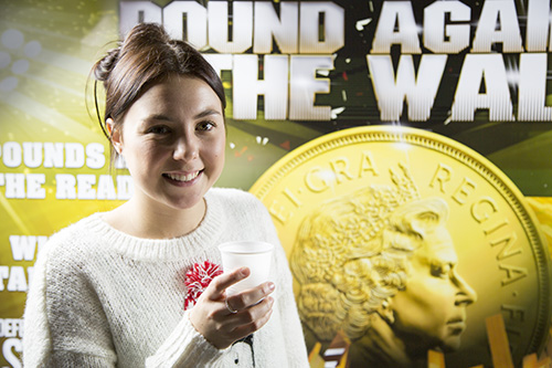 liz leslie winner of pound against the wall solopress at christmas
