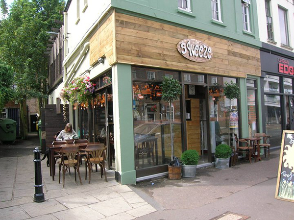 Customer Stories - Customer Stories: The Squeeze Café