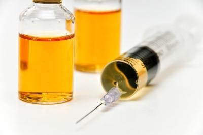 primera vacuna de meningitis B