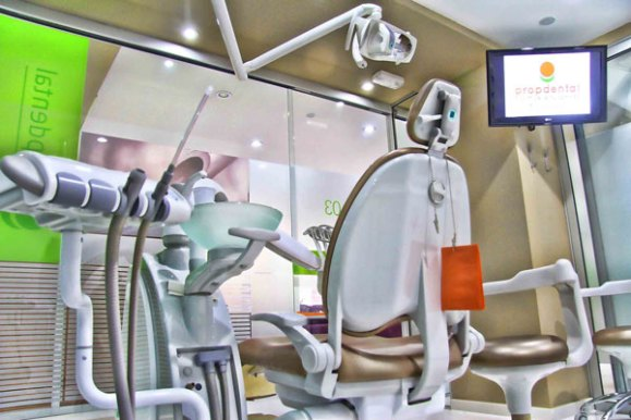 clinicas-dentales-barcelona