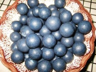 Chocolate Covered Wild Blueberries from Maine