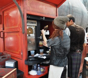 Pouring Butterbeer at The Wizarding World of Harry Potter