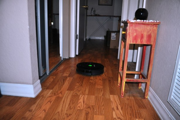 Irobot Roomba 770 Vacuum Cleaning Robot Doing its Thing