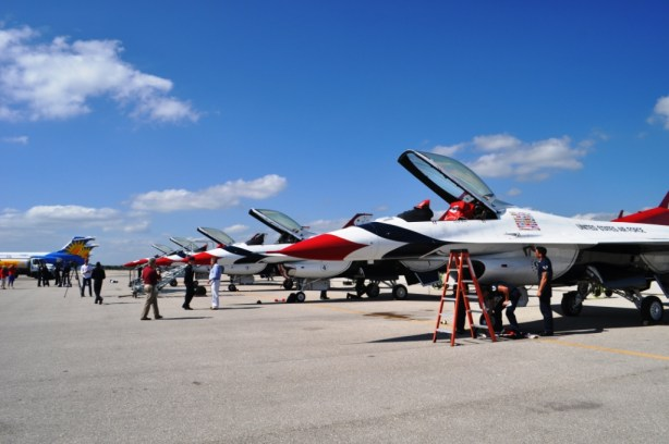 USAF Thunderbirds Perform at the Florida International Air Show, Punta Gorda, Fla., March 29 & 30, 2014