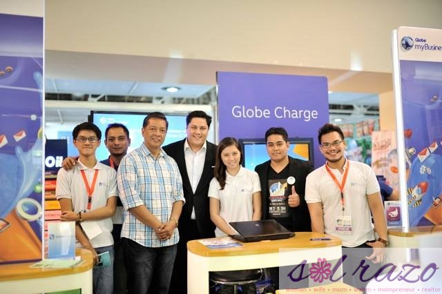 EFE managing director David Abrenilla together with Globe MyBusiness team