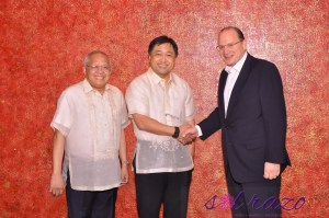 AIA Group CEO visits Manila