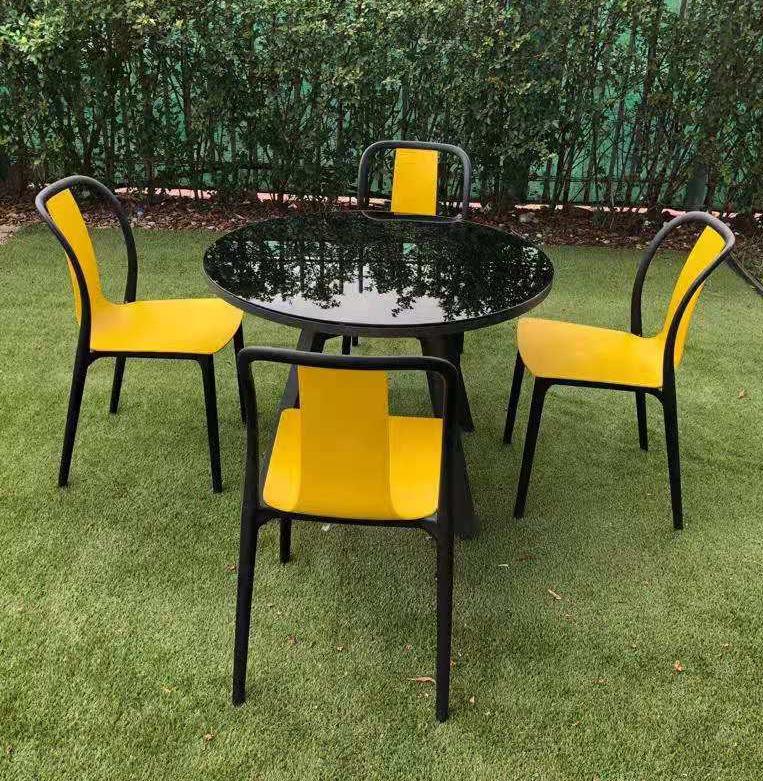 conjunto_terraza_jardín