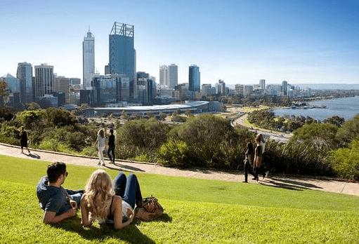 180 000 lieux, 5 millions d'enregistrements, un seul gagnant : SAS fait parler les données pour identifier le meilleur endroit sur Terre grâce au machine learning et à l'analytique des big data. West Perth s'impose !