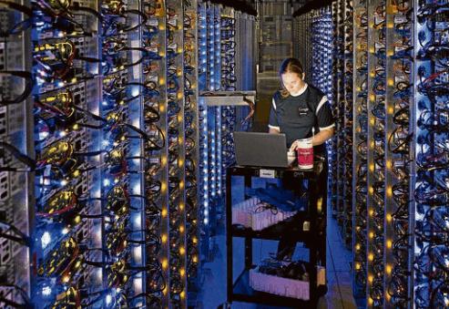 Longtemps, le marché des data centres a été dominé par les marchés FLAP-D de Francfort, Londres, Amsterdam, Paris et Dublin, villes ayant leurs propres secteurs économiques et financiers à servir.