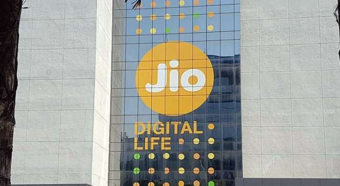 Reliance Jio Happy New Year 2018 plans launched starting at Rs. 199