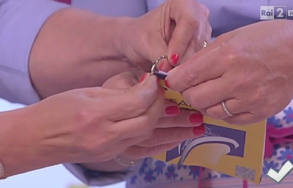 Come riutilizzare un anello per le chiavi