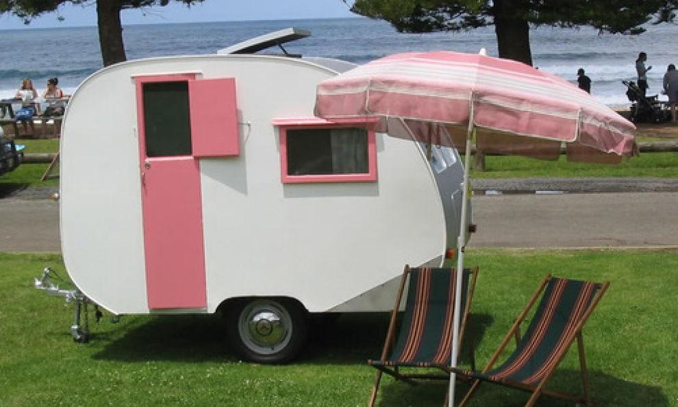 Come pulire roulotte e camper soluzioni di casa for Case con annesso garage per camper