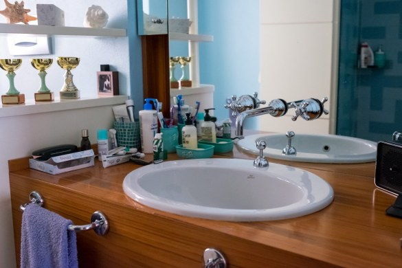 come-pulire-i-particolari-del-bagno