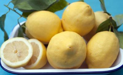 soluzionidicasa-limone-per-pulire-2